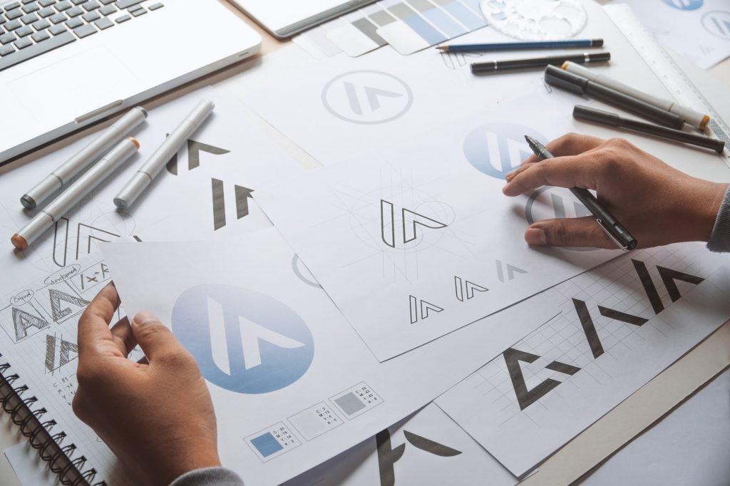 graphic designer making logos